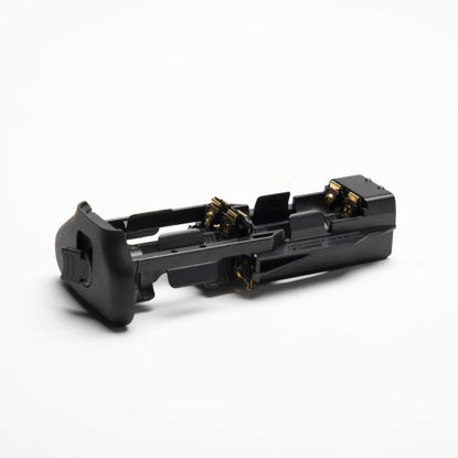 Picture of Canon AA insert to Battery grip for 5D Mk3