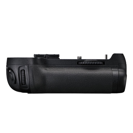 Picture of Nikon D800 Battery Grip MB-D12