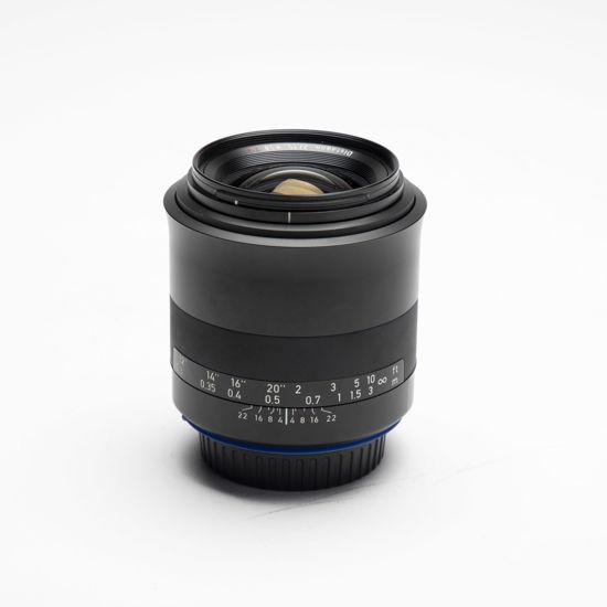 Picture of Zeiss Milvus ZE 35mm 2.0 Canon mount lens