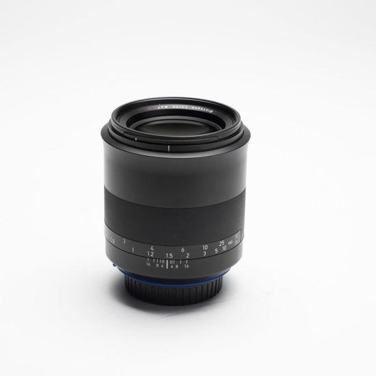 Picture of Zeiss Milvus ZE 50mm 1.4  Canon mount lens