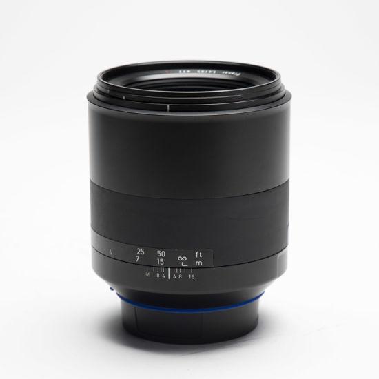 Picture of Zeiss Milvus ZE 85mm 1.4 Canon mount lens