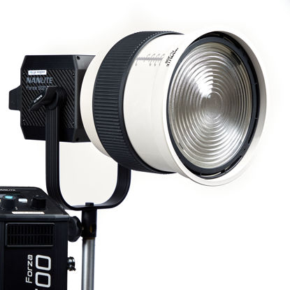 Picture of Nanlite Forza 500 LED With Fresnel Attachment Kit